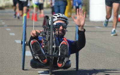 """""""Handbikes"""" y sillas de atletismo, en la distancia de 15k de la I Mobility Race – X Carrera del Taller"""
